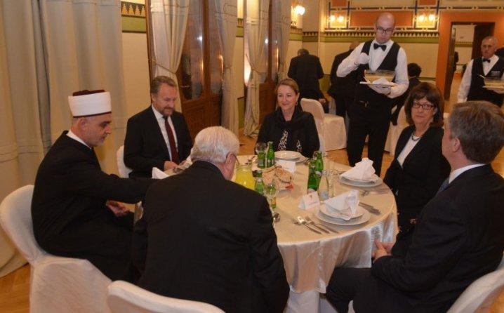 You tube Yarabi: Bosna pod okupacijom Ramazana