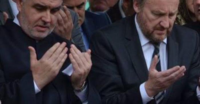 Molitva za ubijanje, molitva za Bakira